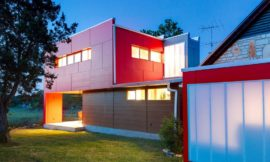 San Marcos Sleeping House – when colour meets panache