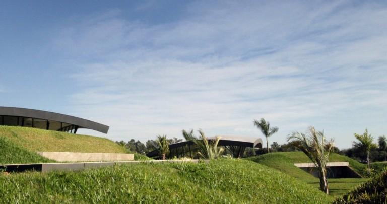 Paraguayan Low Impact, Dual Family Living
