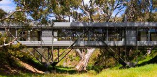 Bridge House by Max Pritchard Architects