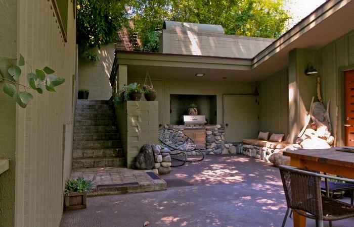 California Home by Frank Robert