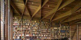 16,000 books and a grand piano!