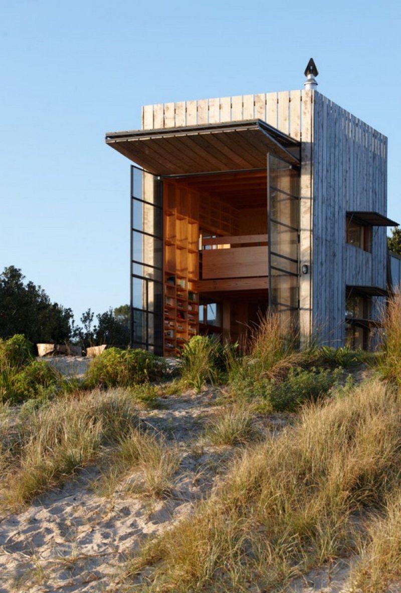 Tiny Beach House on Rails