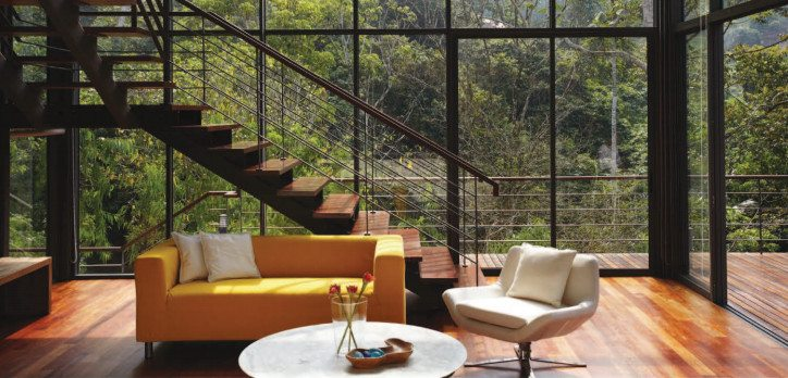 High glass walls maximise the open forest feeling