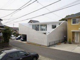House KN by Kochi Architect's Studio