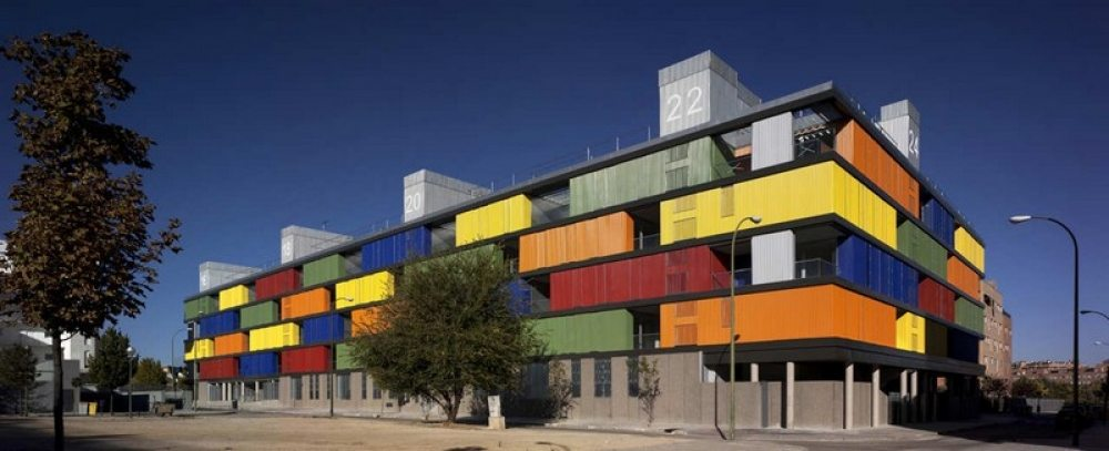 Colour has its turn – </br>Public housing in Madrid