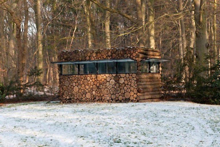 A Log Cabin on Wheels…