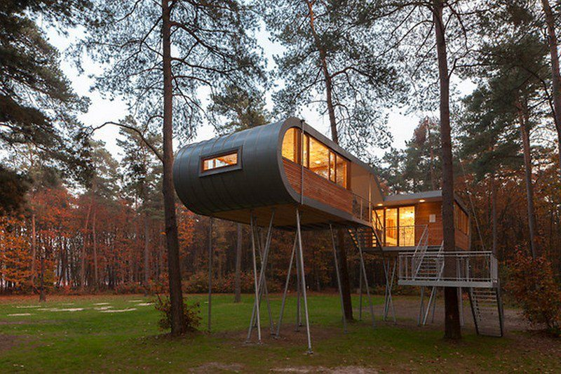 The Baumraum Treehouse