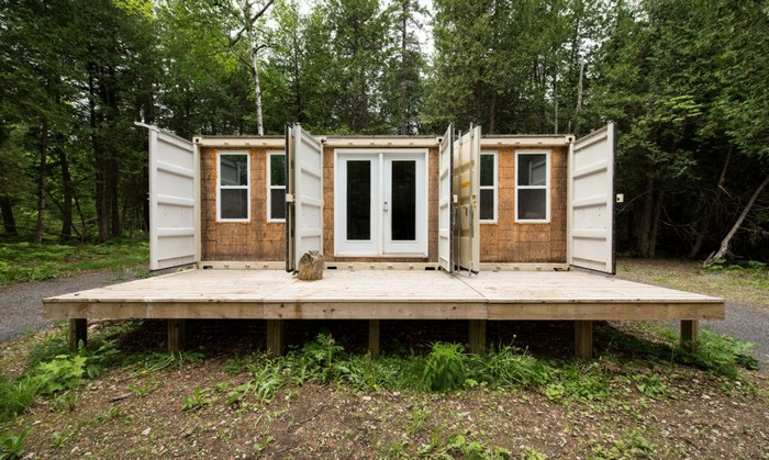 Joseph Dupuis's self-sufficient shipping container cabin built for just $20,000