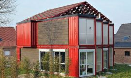 8 Shipping Container House in Lille