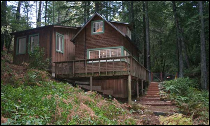 Creekside Cabin California