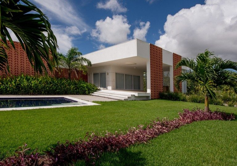 T House – big, bright and contemporary