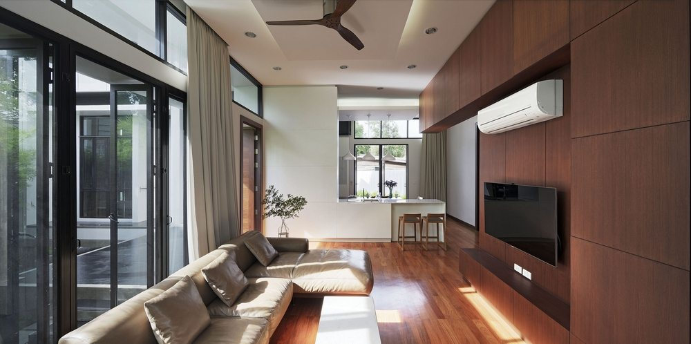 Neutral interiors make the home warm and comfortable.