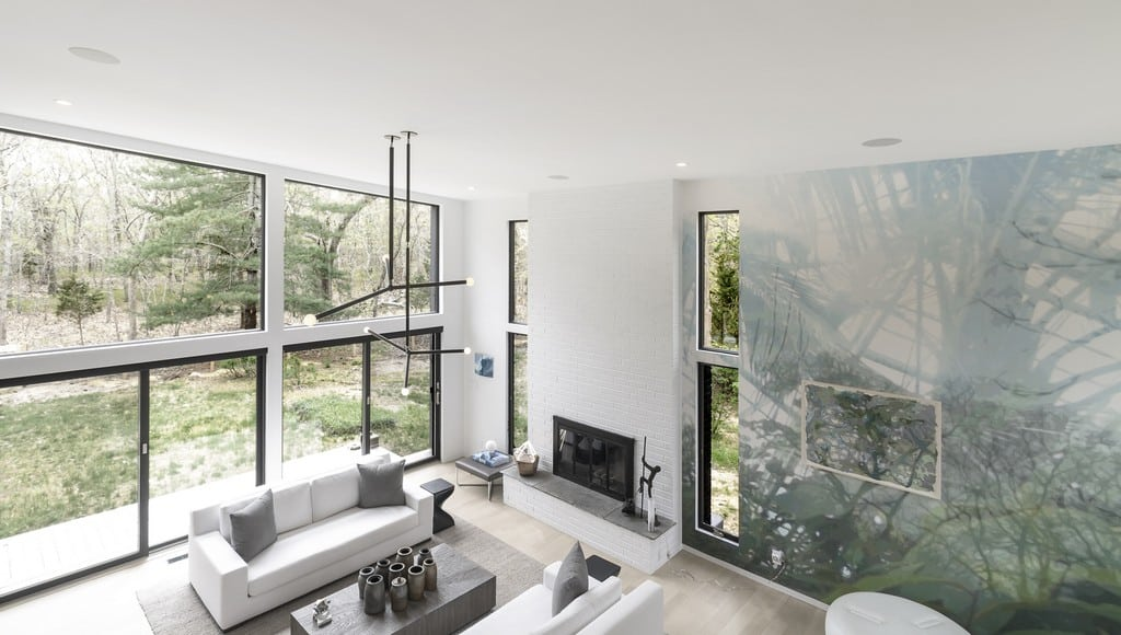 The house exemplifies clean, light, and simple architecture.