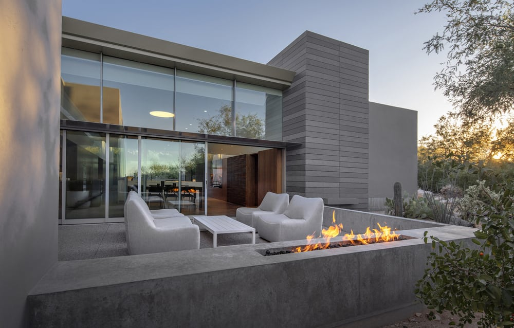 An outdoor patio gives a closer view of the mountains, perfect for chilling out and relaxation.