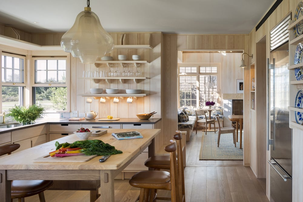 The interiors are made of neutral palettes reminiscent of a typical beach cottage.