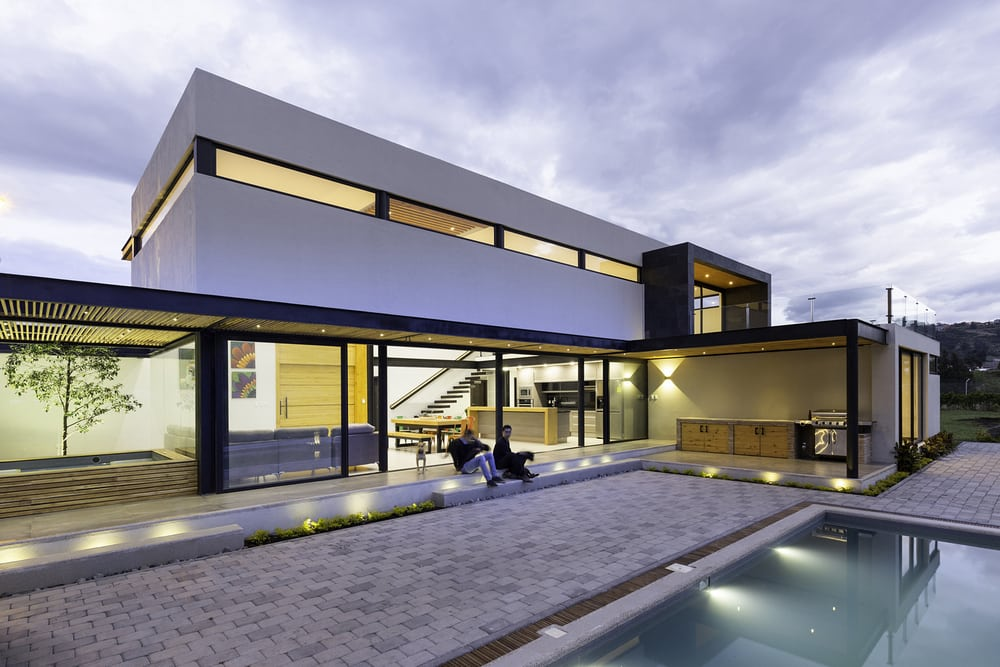 The Collector's House design follows this rule: simple but never boring.