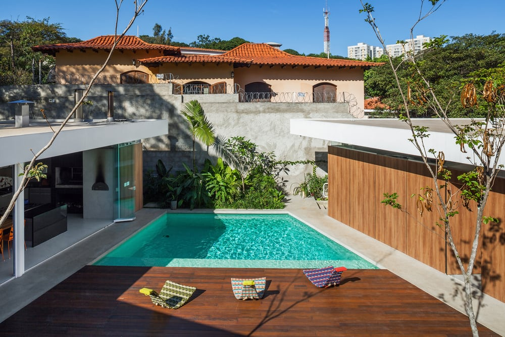 Marquise House combines openness and privacy, striking a balance between the two.