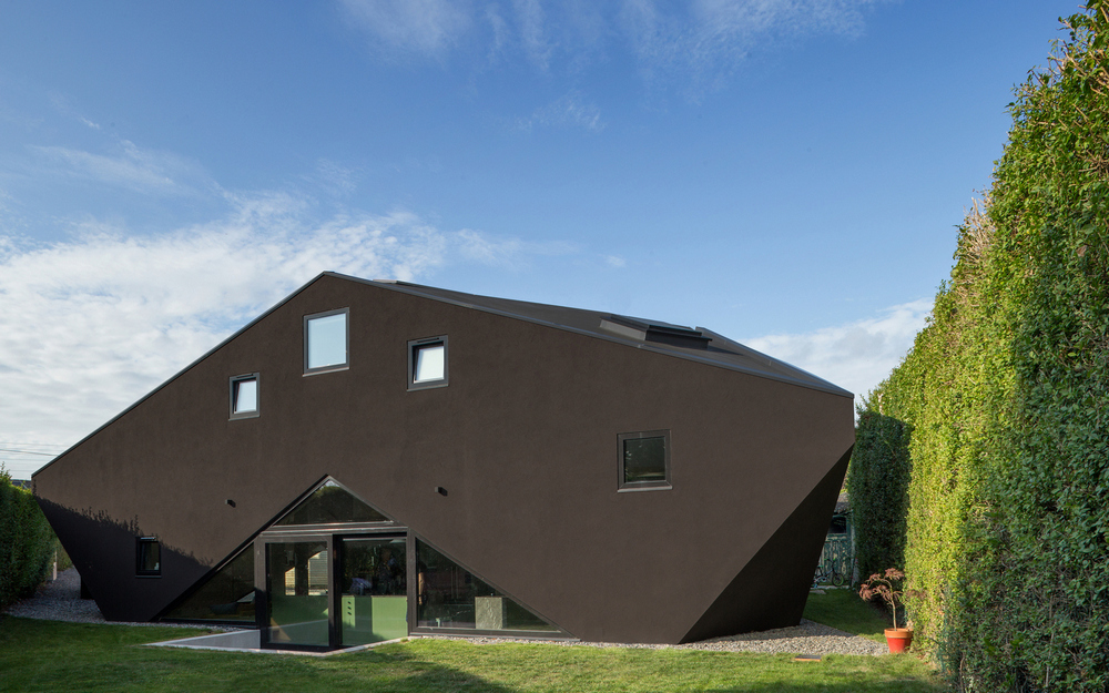 Tri House derives its name from its unique layout - a triangular home in a triangular plot of land.
